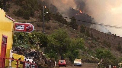 Efectivos de la UME se incorporan a la lucha contra el fuego en El Paso