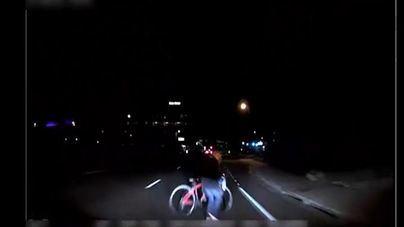 Atropello mortal de una ciclista por un coche robotizado en Arizona