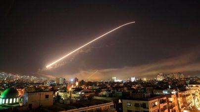 EEUU bombardea Siria en ataque coordinado con Francia y Reino Unido