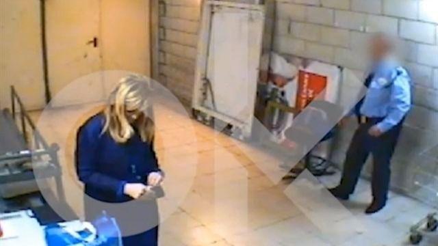 Acusan a Cifuentes de robar cosméticos en un hipermercado en 2011