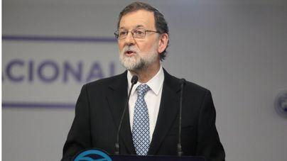Rajoy pone 'punto final', deja la política y anuncia un congreso extraordinario del PP