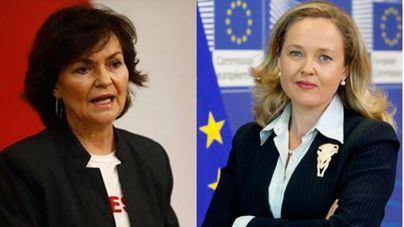 Carmen Calvo, ministra de Igualdad y vicepresidenta y Nadia Calviño, ministra de Economía