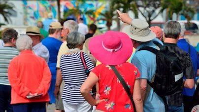 Los turistas extranjeros gastaron 15.136 millones en Canarias en 2016