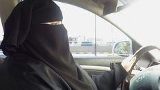 Las mujeres de Baréin viajan a Arabia Saudí para conducir en el día histórico