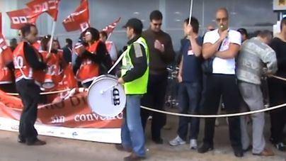 Último intento: sindicatos y patronal se citan este viernes para desconvocar la huelga de agosto en los aeropuertos