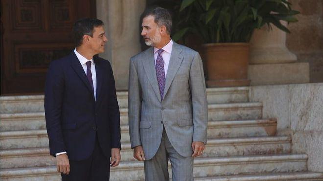 Sánchez se reúne con el Rey en Marivent en su primer despacho como presidente del Gobierno