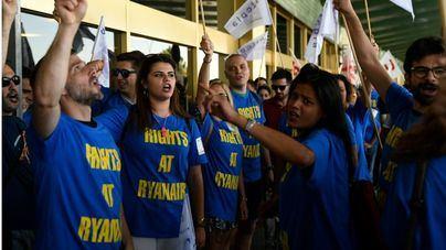 Sin acuerdo para desconvocar la huelga de Ryanair del día 28