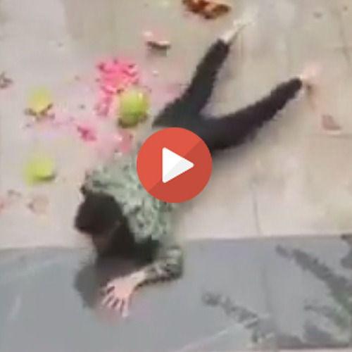 Vídeo viral: una sandía despachurrada cobra vida y se venga de un hombre