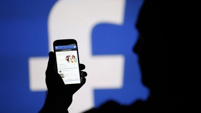 La OCU presenta una demanda contra Facebook por cesión de datos