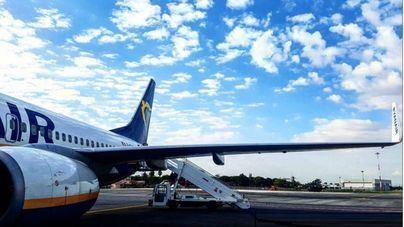 Los beneficios de Ryanair caen un 7% por el pago de indemnizaciones por cancelaciones