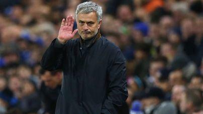 El Manchester United despide a Jose Mourinho