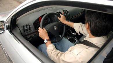 Tráfico avisa por carta a los conductores con el carné a punto de caducar