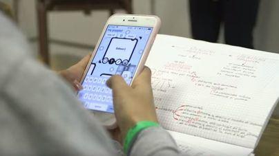 El mal uso de las redes y el control del móvil, entre las actitudes machistas de los 14 a los 18 años