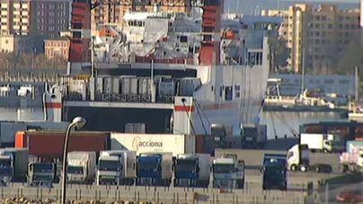 La estiba portuaria espera que el Gobierno acabe la reforma del sector en breve