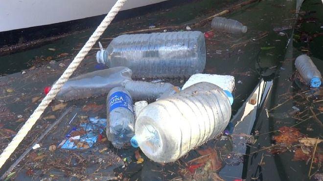 Greenpeace dice que solo se recupera el 25% de plásticos en España
