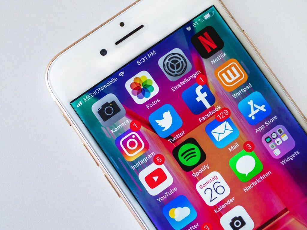 Facebook y Whatsapp vuelven a la normalidad tras la caída a nivel mundial