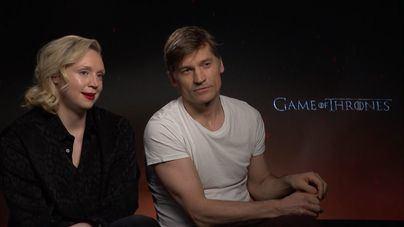Nikolaj Coster-Waldau y Gwendoline Christie hablan del final de 'Juego de tronos'