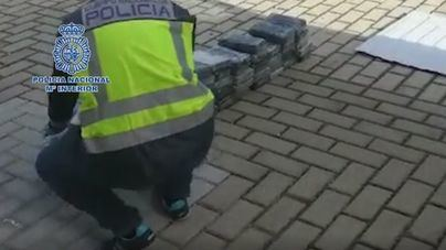 Incautados 150 kilos de cocaína ocultos en dos vehículos