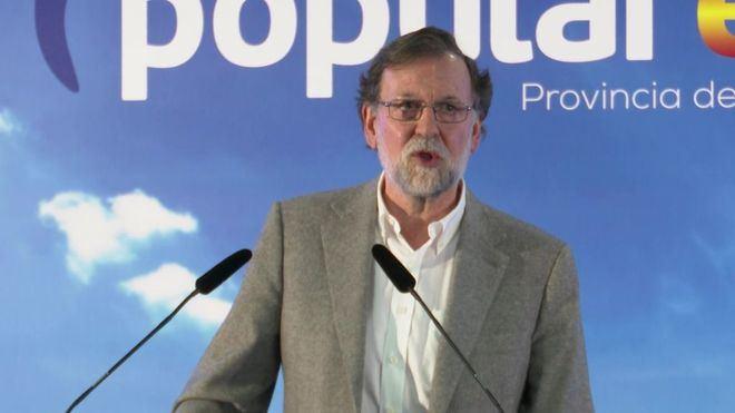Rajoy pide el voto para el PP frente a los 'parlanchines'