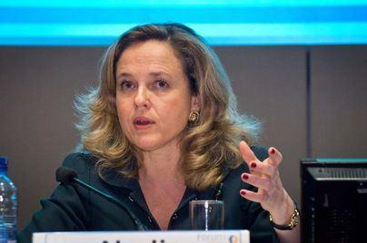 Calviño avanza que la 'tasa Google' irá en línea con la de Francia