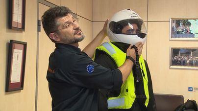 Tráfico quiere subir el importe de las multas a los motoristas por no portar casco y obligarles a usar guantes