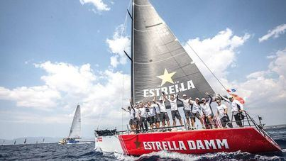 El 'Estrella Damm' gana su tercera Copa del Rey Mapfre de vela