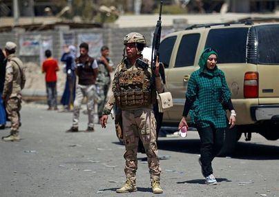 Siete heridos por la explosión de tres bombas en Bagdad