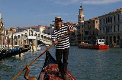 Tres personas mueren y otra resulta herida en un accidente con una lancha en Venecia