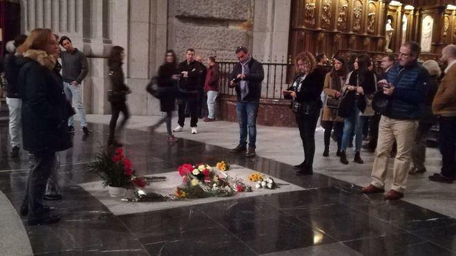 El Gobierno exhumará los restos de Franco antes del 25 de octubre