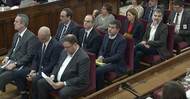 El Supremo condena a Junqueras a 13 años, 11,5 a Forcadell y 9 a los 'Jordis'