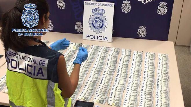 Cae un grupo dedicado a la distribución de billetes falsos de cinco euros