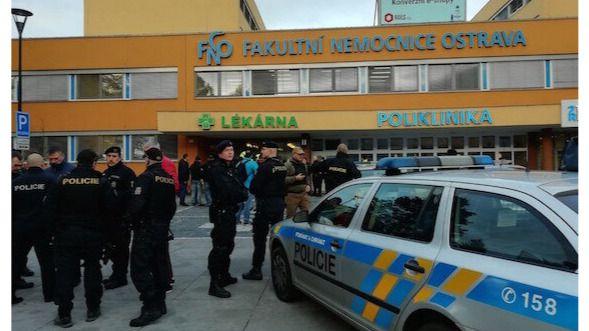 Un hombre mata a tiros a seis personas en un hospital de la República Checa