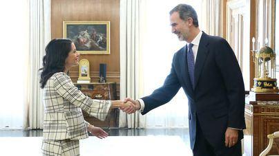 Arrimadas traslada al Rey su propuesta de un pacto entre PSOE, PP y Cs