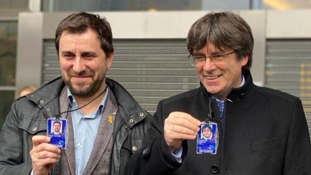 La Abogacía del Estado pide a Llarena que suspenda las euroordenes contra Puigdemont y Comín