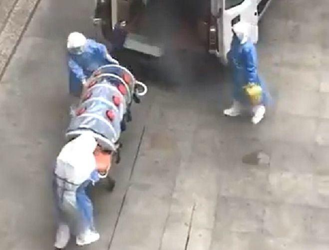 El coronavirus causa la muerte de 9 personas con más de 400 infectados en China