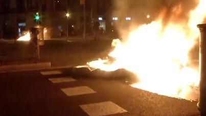 Nueva ola de disturbios en Barcelona, tras confirmarse la inhabilitación de Torra