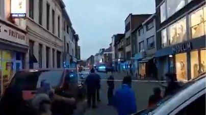 La policía de Gante dispara a una persona que ha atacado con un cuchillo a varios viandantes