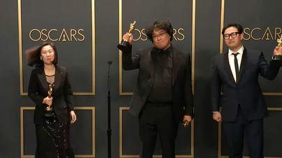'Parásitos' triunfa en unos Oscar sin sorpresas que dejan sin premio a los españoles
