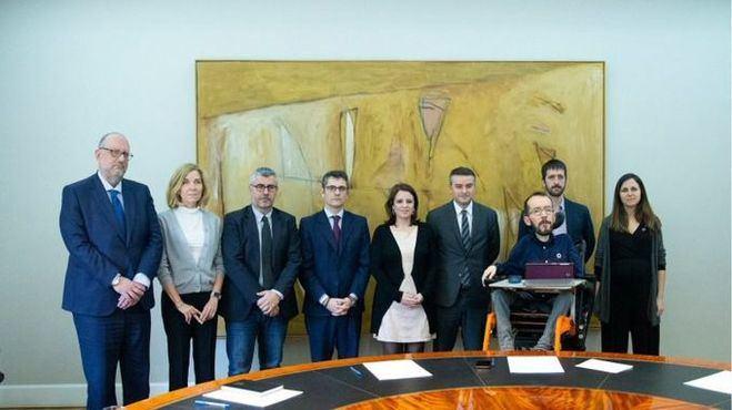 PSOE y Podemos reconocen la existencia de crisis y se reúnen para limar sus disputas