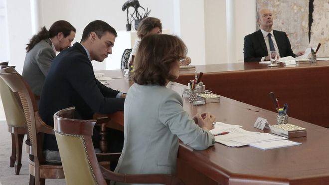 Se celebra el primer Consejo de Ministros virtual de la historia de España