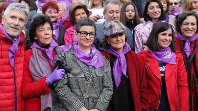 Gonzalez Laya: 'Las mujeres del PSOE llevaban guantes morados como 'guiño' al feminismo el 8M