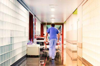 'Señor Sánchez: ¿No siente vergüenza y pavor al desproteger a los enfermeros?'
