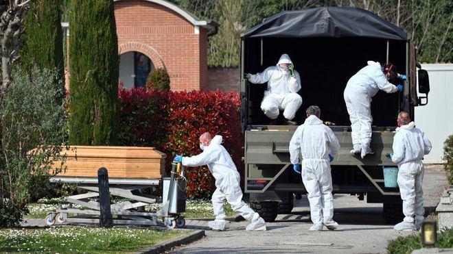 Italia supera los 10.000 muertos por coronavirus