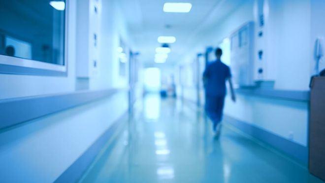 ¿Morir 'por' coronavirus, o morir 'con' coronavirus?
