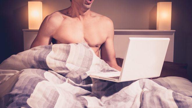 El porno hace su agosto con la cuarentena por coronavirus