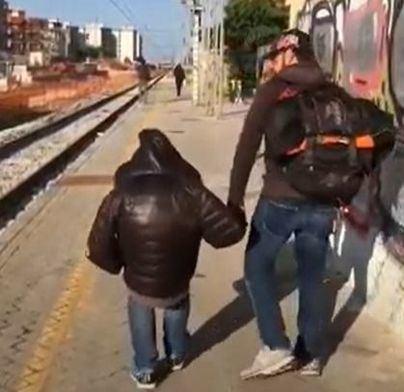 Paseo con niños: hecha la ley, hecha la trampa