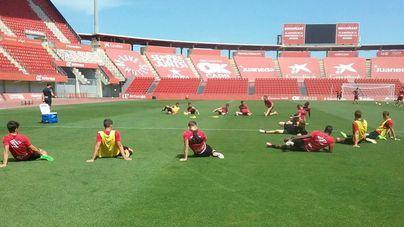 Los futbolistas podrán entrenar a partir del 4 de mayo, pero no en grupo