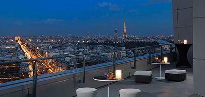Francia inyectará 18.000 millones al sector del turismo