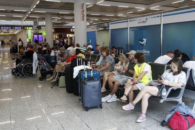 La Mesa del Turismo exige que se reactive el turismo antes del 15 de junio