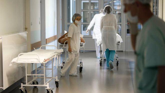 Sanidad corrige a la baja las cifras de la epidemia: 372 casos y 1.918 muertes menos